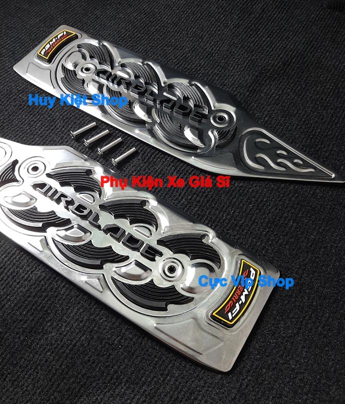 Thảm Lót Chân AirBlade 2011, 2012 INOX (Tặng Kèm Ốc) MS2442