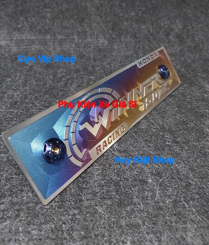 Bảng Tên Winner Titan 3D (Tặng Kèm 2 Ốc Xi Titan, Vàng) MS2451