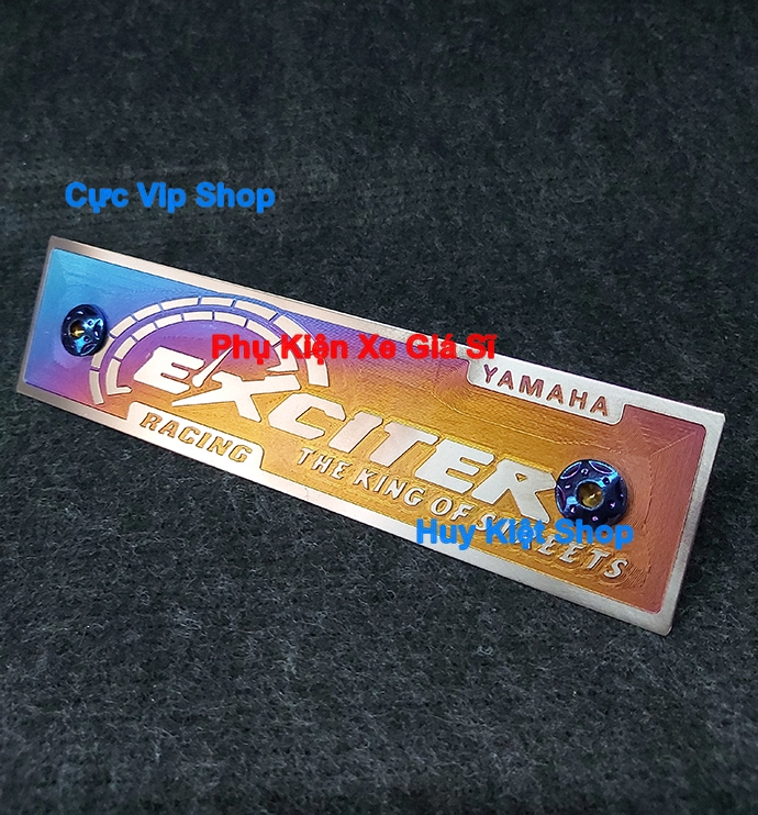 Bảng Tên Exciter Titan 3D (Tặng Kèm 2 Ốc Xi Titan, Vàng) MS2452