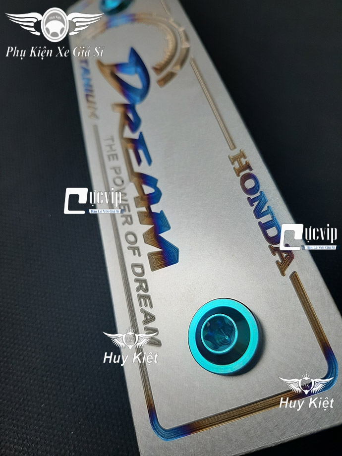 Bảng Tên Dream Titan (Mẫu Titan Khò) Kèm 2 Ốc Titan Thật GR5 MS3662