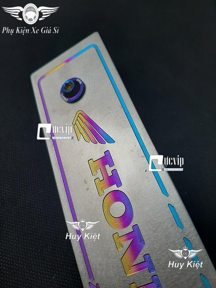 Bảng Tên Honda Titan (Mẫu Titan Điện Phân) Kèm 2 Ốc ProTi MS3699